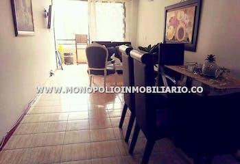 Apartamento en Loma de los Bernal, Belen - 94mt, tres alcobas, balcón