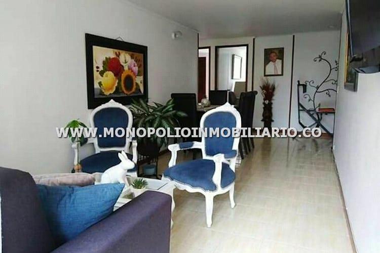 Foto 5 de Apartamento en Loma de los Bernal, Belen - 94mt, tres alcobas, balcón