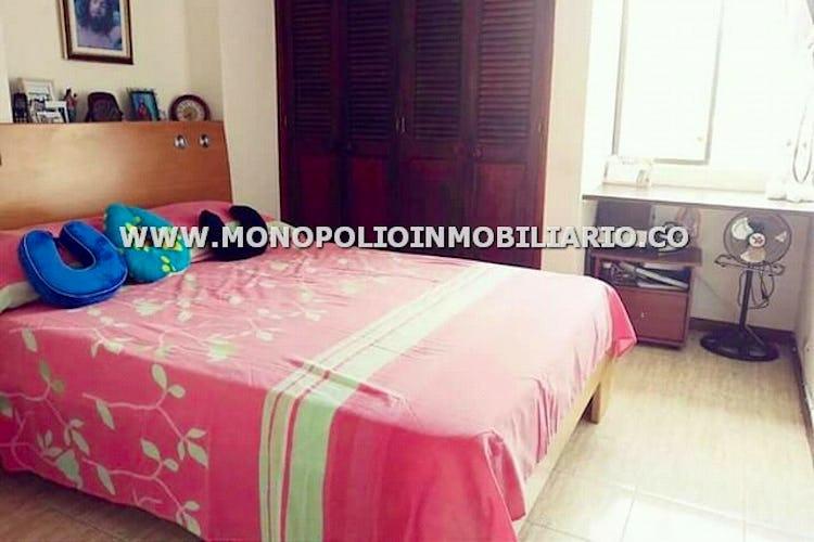 Foto 6 de Apartamento en Loma de los Bernal, Belen - 94mt, tres alcobas, balcón