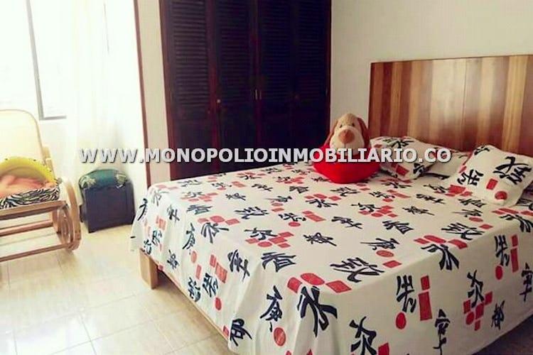 Foto 8 de Apartamento en Loma de los Bernal, Belen - 94mt, tres alcobas, balcón