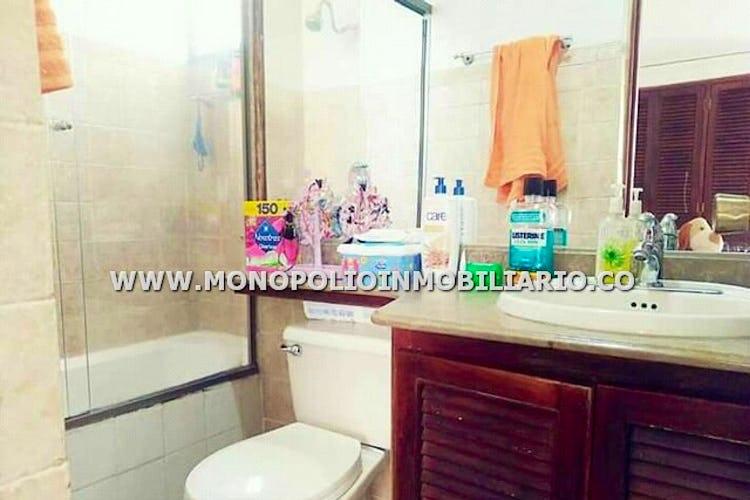 Foto 10 de Apartamento en Loma de los Bernal, Belen - 94mt, tres alcobas, balcón