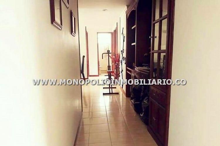 Foto 12 de Apartamento en Loma de los Bernal, Belen - 94mt, tres alcobas, balcón