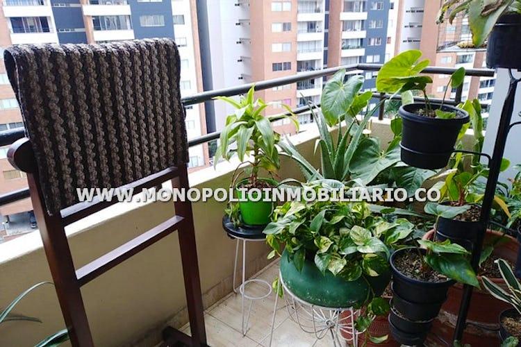 Foto 13 de Apartamento en Loma de los Bernal, Belen - 94mt, tres alcobas, balcón