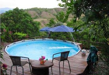 Finca en Santa fe de Antioquia - 1600mt, tres alcobas, piscina.