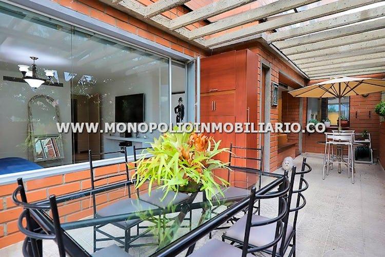 Foto 2 de Apartamento en Castropol, Poblado - Cuatro alcobas