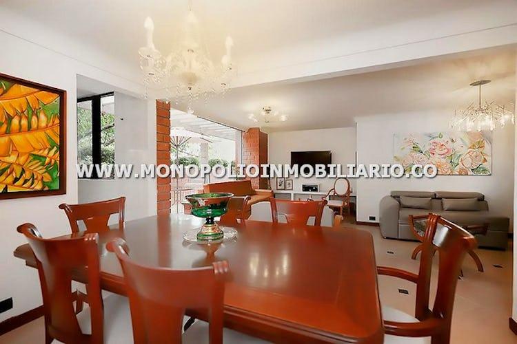Foto 3 de Apartamento en Castropol, Poblado - Cuatro alcobas