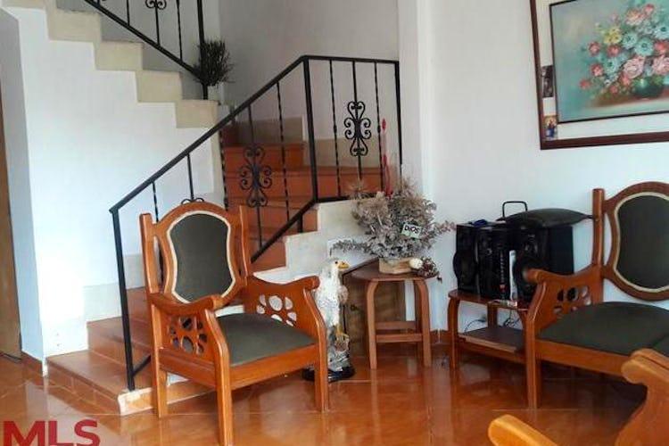 Portada Casa en Suramerica, La Estrella - Seis alcobas