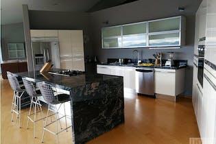 Casa en Las Palmas, El Poblado con 4 habitaciones y balcón con vista panorámica - 3051 mt2.