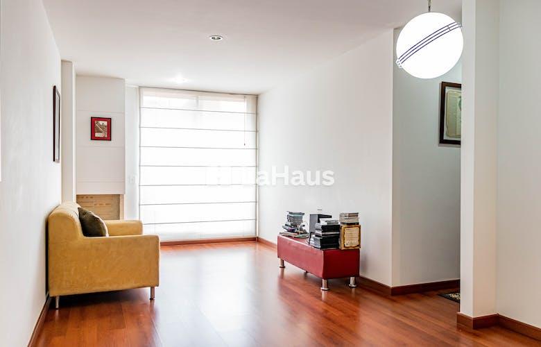 Portada Apartamento en La Calleja de 58 Mts, cuarto piso.