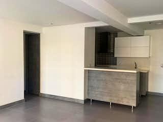 Un cuarto de baño con lavabo y bañera en Apartamento en venta en Hospital Mental de tres habitaciones