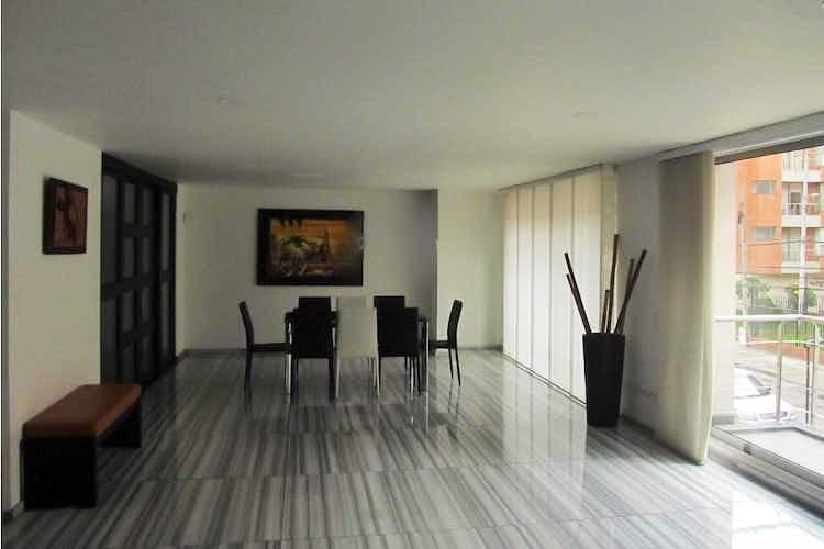 Portada Apartamento en Santa Bárbara-Chicó Navarra, con 3 Habitaciones - 215 mt2.