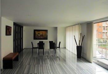 Apartamento en Santa Bárbara-Chicó Navarra, con 3 Habitaciones - 215 mt2.