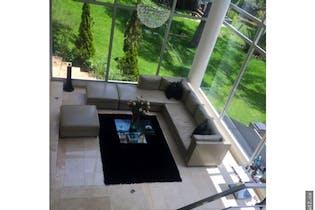 Casa en venta en Colinas de Suba de 1985mts, dos niveles