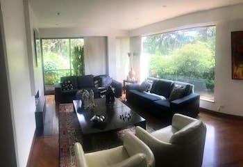 Apartamento en La Carolina, La Carolina - 312mt, tres alcobas, terraza