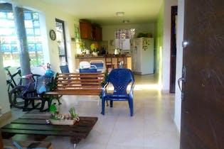 Casa campestre en Zona Franca, Rionegro con 2 habitaciones - 230 mt2.
