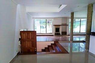Casa En Medellin - Cola Del Zorro, cuenta con tres habitaciones