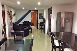 Apartamento en Laureles, Lorena con 3 habitaciones y balcón - 103 mt2.