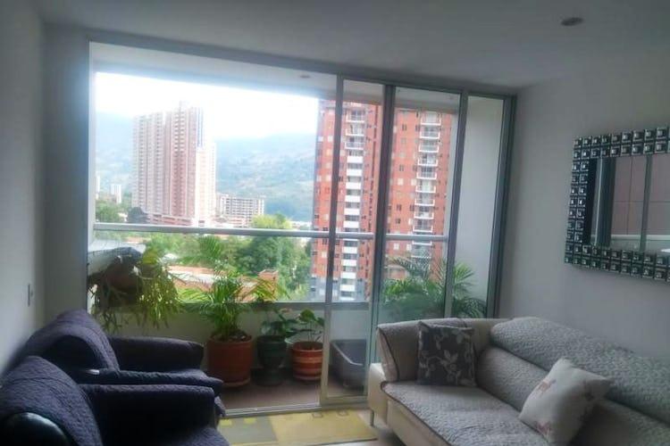 Portada Apartamento en Suramerica, Itagui - 80mt, tres alcobas, balcón
