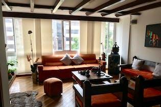 Apartamento en San Patricio - Bogota, cuenta con tres habitaciones