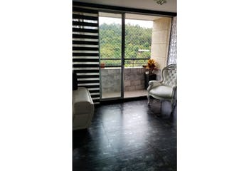 Apartamento de 86m2 en Los Colores, Medelín - con tres alcobas