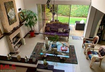 Casa en venta en Casco Urbano El Retiro de 2 niveles