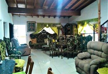 Casa En Envigado - El Portal, cuenta con nueve habitaciones