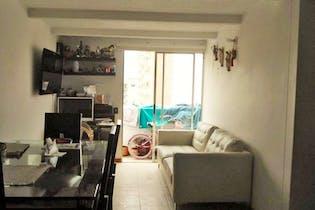 Apartamento en Los Colores - cuenta con tres habitaciones