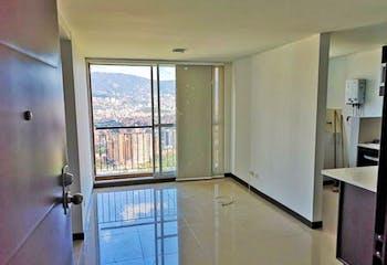Apartamento en Calazans - La America, cuenta con tres habitaciones.