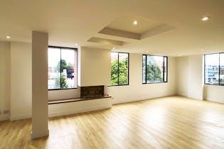 Apartamento duplex en San Patricio de 192 Mts, quinto y sexto piso.