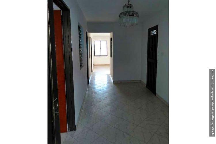 Portada Casa en Campo Valdés-Medellín, con 3 Habitaciones y Balcón, 80 mt2.