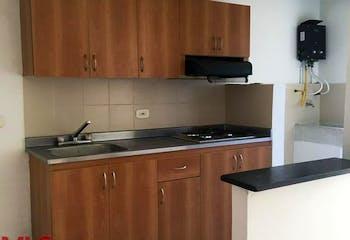 Apartamento en Loma del Indio, Poblado - 46mt, dos alcobas, balcón