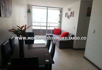 Apartamento en Calle Larga-Sabaneta, con 3 Habitaciones - 63 mt2.