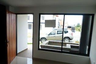 Casa en Via La Ceja-Rionegro, con 4 Habitaciones - 164 mt2.