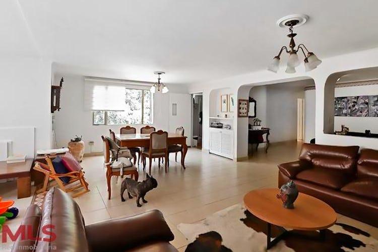 Portada Apartamento en El Tesoro-Medellín, con 3 Habitaciones - 170 mt2.