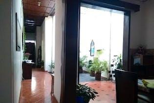 Casa de 192m2 en Prado Centro, Medellín - con tres habitaciones