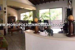 Apartamento de 149m2 en Conquistadores, Laureles - con cuatro habitaciones