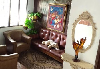 Casa en La Almeria, Medellin - Tres alcobas