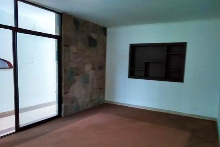 Portada Casa en Prado-Medellín, con 5 Habitaciones - 281.6 mt2.