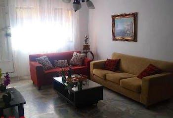 Casa en San Joaquín-Medellín, con 3 Habitaciones - 172 mt2.