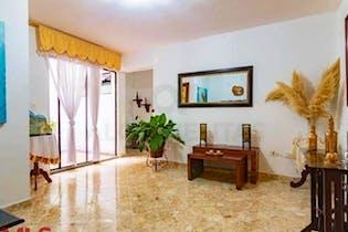 Apartamento en Manrique Central No. 1, cuenta con dos habitaciones