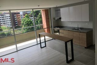 Apartamento en Amaretto - Envigado, cuenta con tres habitaciones