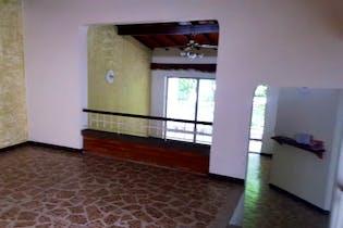 Casa en Calasanz-Medellín, con 3 Habitaciones - 182 mt2.