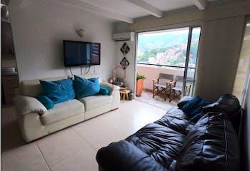 Apartamento en Calasanz, La America - 80mt, tres alcobas, balcón