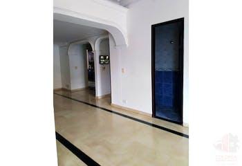 Apartamento en venta en Conquistadores con acceso a Solarium
