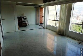 Apartamento en San Diego, La Candelaria - 95mt, tres alcobas, balcón