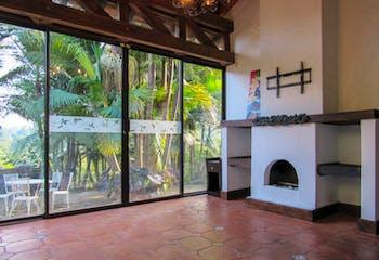 Finca en Venta en El Carmen de Viboral, cuenta con mirador, vivero y zona de Bbq.