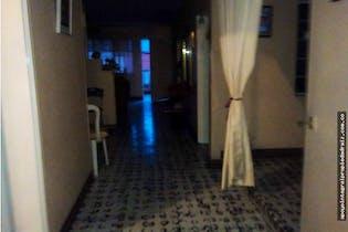 Casa en venta en La Mansión de 5 hab. con Balcón...