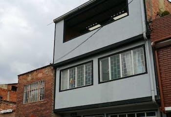 Casa en San Cristobal Sur, Altamira - 120mt, cuatro alcobas, parqueadero