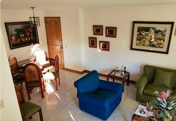 Apartamento Dúplex en La Mota, Belén - con tres habitaciones más del servicio