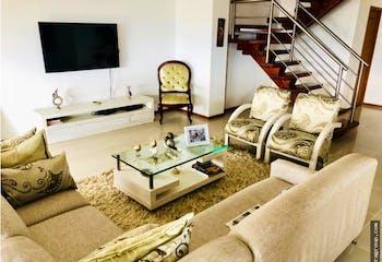 Penthouse Dúplex en Loma Linda-Sabaneta, con 3 Habitaciones - 253 mt2.